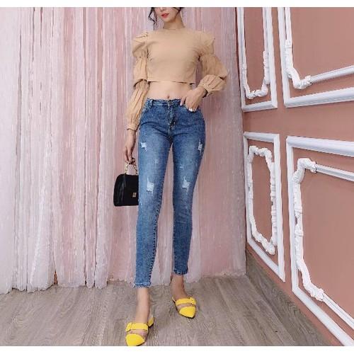 Quần jeans nữ năng động
