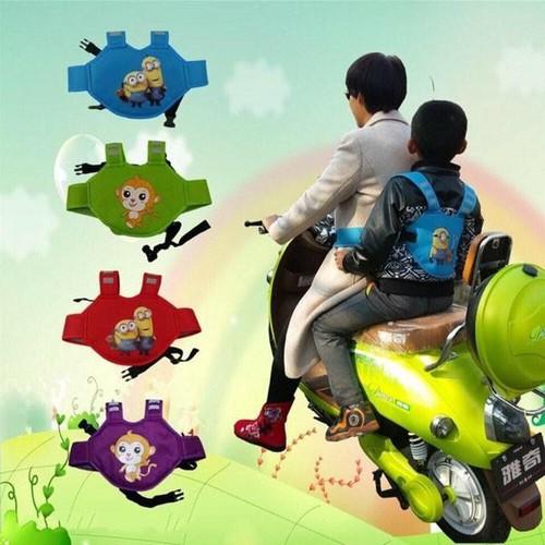 Đai xe máy ba lô dễ thương an toàn cho bé