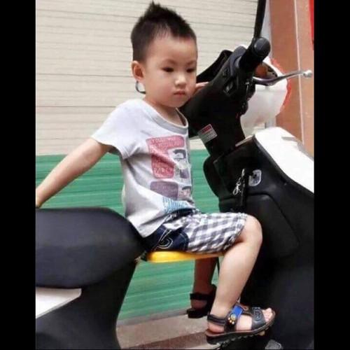 Ghế ngồi xe máy cho bé - 8855293 , 18002213 , 15_18002213 , 98000 , Ghe-ngoi-xe-may-cho-be-15_18002213 , sendo.vn , Ghế ngồi xe máy cho bé