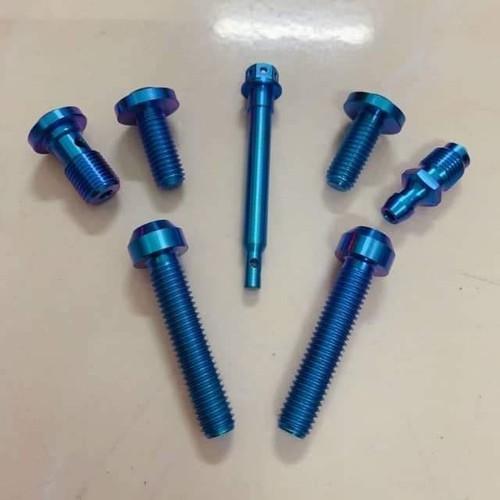 Bộ ốc GR5 titanium cho heo Brembo 2 pis đối xứng logo lớn - 8863457 , 18017864 , 15_18017864 , 530000 , Bo-oc-GR5-titanium-cho-heo-Brembo-2-pis-doi-xung-logo-lon-15_18017864 , sendo.vn , Bộ ốc GR5 titanium cho heo Brembo 2 pis đối xứng logo lớn