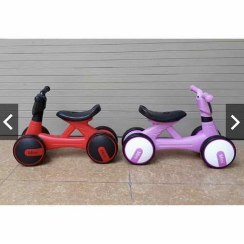 Xe chòi chân thăng bằng mini bike có nhạc đèn