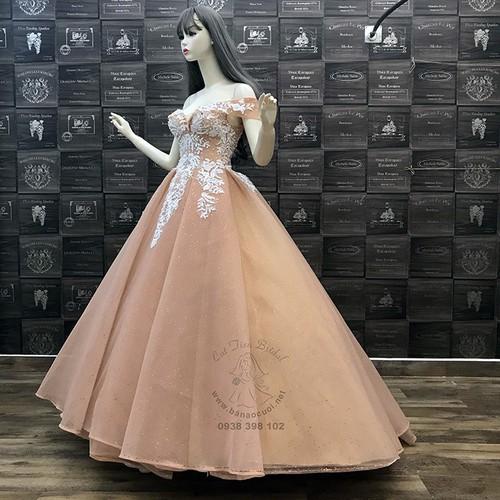 Váy cưới công chúa tùng vi tính cao cấp màu kem trễ vai, xẻ ngực gợi cảm - 11152275 , 19165288 , 15_19165288 , 4300000 , Vay-cuoi-cong-chua-tung-vi-tinh-cao-cap-mau-kem-tre-vai-xe-nguc-goi-cam-15_19165288 , sendo.vn , Váy cưới công chúa tùng vi tính cao cấp màu kem trễ vai, xẻ ngực gợi cảm