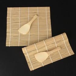 Dụng cụ cuộn sushi