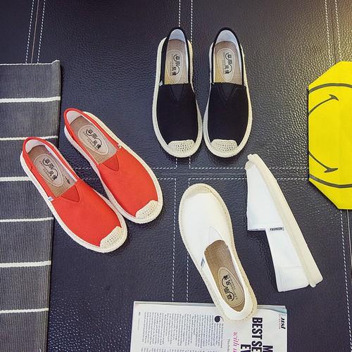 Slip on cói nữ - Giày lười vải nữ cao cấp - 3 màu đen, đỏ và trắng - Mã SP B17 - 11153690 , 19303775 , 15_19303775 , 175000 , Slip-on-coi-nu-Giay-luoi-vai-nu-cao-cap-3-mau-den-do-va-trang-Ma-SP-B17-15_19303775 , sendo.vn , Slip on cói nữ - Giày lười vải nữ cao cấp - 3 màu đen, đỏ và trắng - Mã SP B17