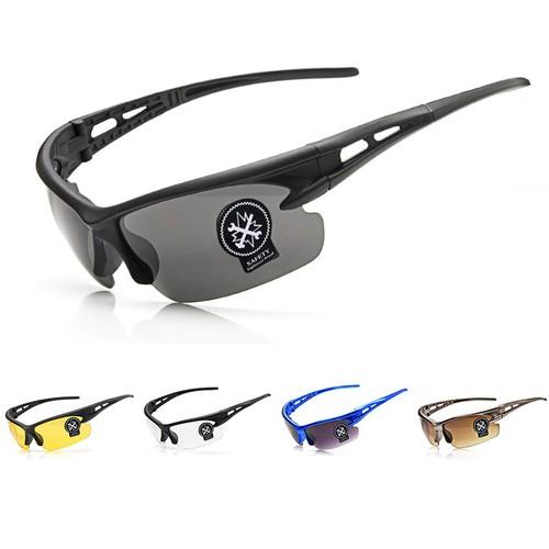 Mắt kính bảo hộ đi đường 3105 - ROBEO