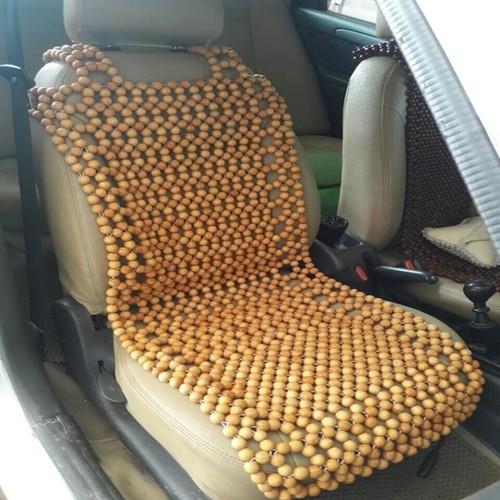 Lót ghế ô tô hạt gỗ thông cao cấp.