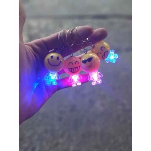 Móc chìa khoá emoj cảm xúc chọn mẫu-có đèn