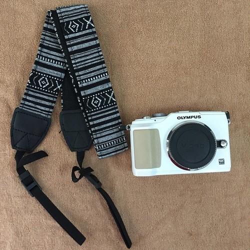 Dây đeo máy ảnh thổ cẩm mẫu 03