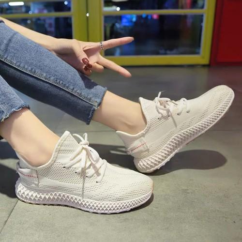 Giày bata màu siêu hot
