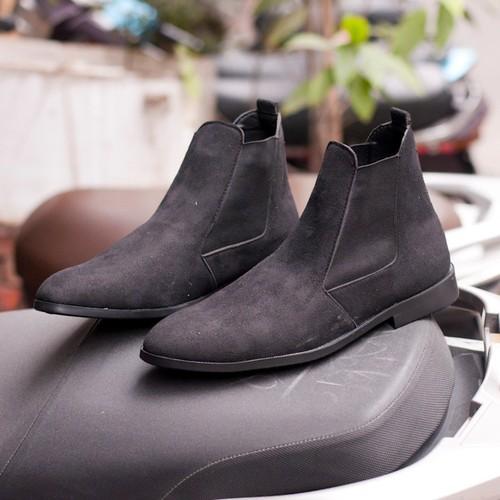 Giày chelsea boot nam cao cổ có chun dễ sỏ da buck màu đen +vòng- cb548-lc