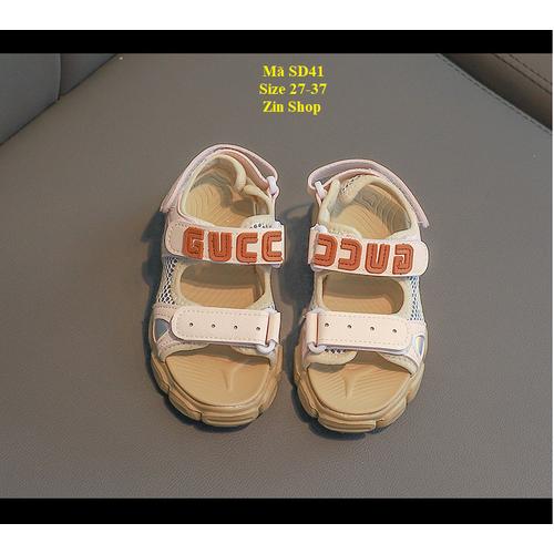 Sandal trẻ em màu lạ đẹp mắt phiên bản hàn quốc