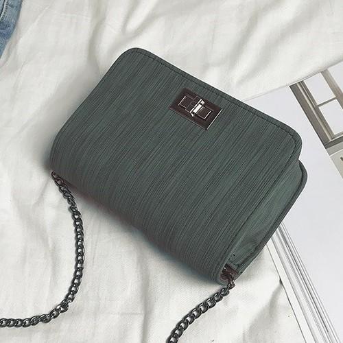 Túi xách đeo chéo nữ thiết kế trẻ trung, năng động cá tính - 11886507 , 19427946 , 15_19427946 , 400000 , Tui-xach-deo-cheo-nu-thiet-ke-tre-trung-nang-dong-ca-tinh-15_19427946 , sendo.vn , Túi xách đeo chéo nữ thiết kế trẻ trung, năng động cá tính