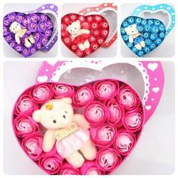 hoa hồng sáp thơm trái tim kèm gấu