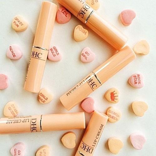 Son dưỡng môi dhc lip cream nhật bản - 11904164 , 19456293 , 15_19456293 , 230000 , Son-duong-moi-dhc-lip-cream-nhat-ban-15_19456293 , sendo.vn , Son dưỡng môi dhc lip cream nhật bản