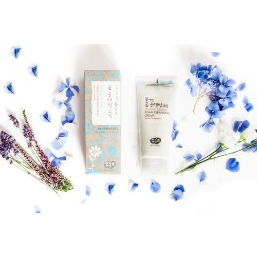 Whamisa organic flowers foam cleansing cream sữa rửa mặt - dành cho mọi loại da