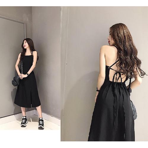 Đầm đen đan lưng
