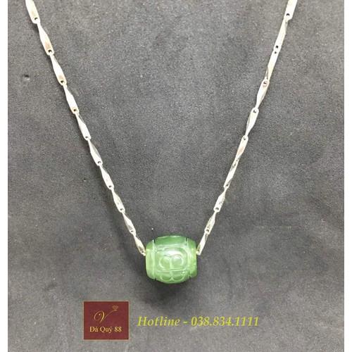 Vòng bạc nữ lu thống đá ngọc bích nephrite tự nhiên xanh lá, dây bạc ta 999