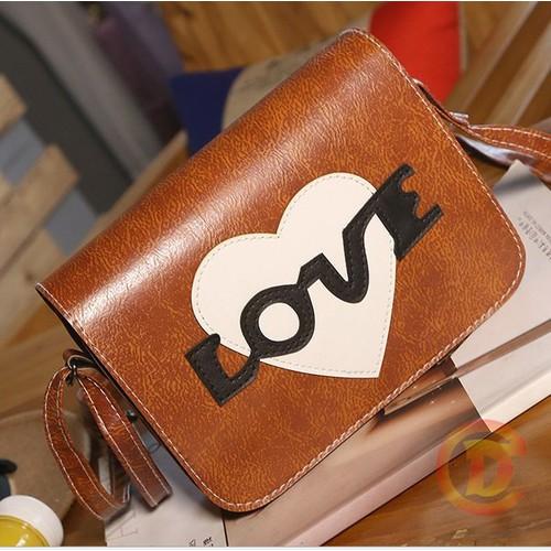 Túi nữ đeo chéo in hình chữ love 604