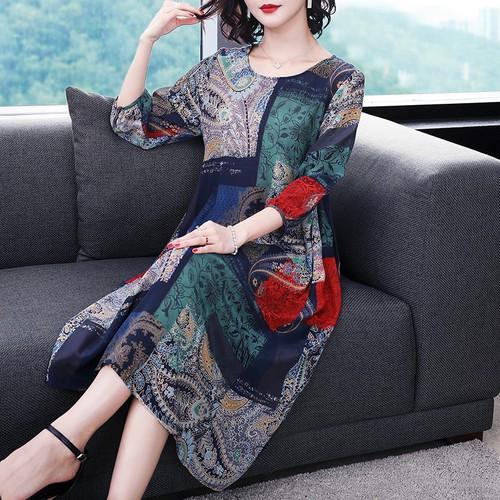 Đầm suông nữ họa tiết khối màu 8D5194