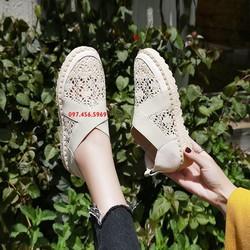 Giày nữ mùa hè