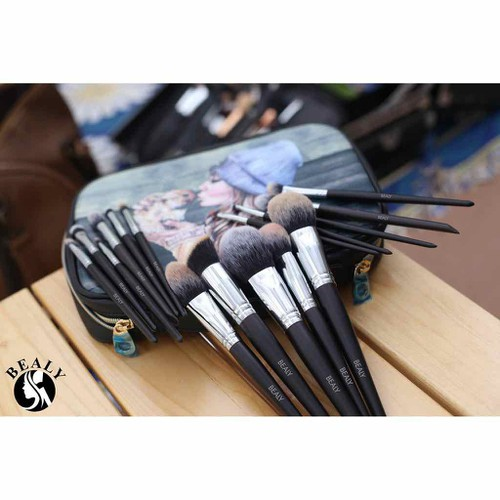 Bộ Cọ Xếp Lớp Bealy 16 Pieces Makeup Brushes Professional Set - 11747954 , 19078965 , 15_19078965 , 1150000 , Bo-Co-Xep-Lop-Bealy-16-Pieces-Makeup-Brushes-Professional-Set-15_19078965 , sendo.vn , Bộ Cọ Xếp Lớp Bealy 16 Pieces Makeup Brushes Professional Set
