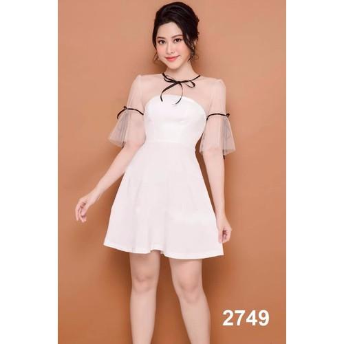 Đầm xòe trắng phối lưới