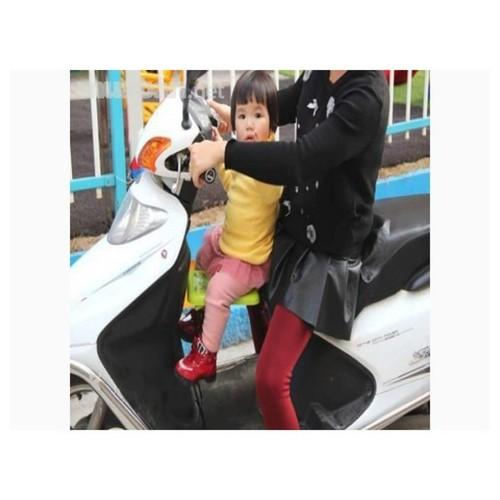 Ghế ngồi xe máy cho bé - 12207022 , 19942222 , 15_19942222 , 95000 , Ghe-ngoi-xe-may-cho-be-15_19942222 , sendo.vn , Ghế ngồi xe máy cho bé
