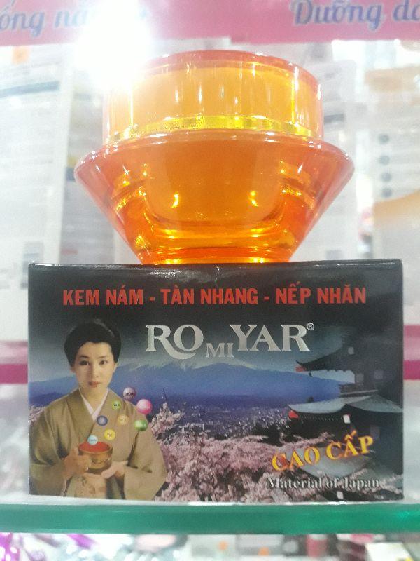 Kem Nám Tàn Nhang Ngừa Nếp Nhăn Da Romiyar 20G giá rẻ