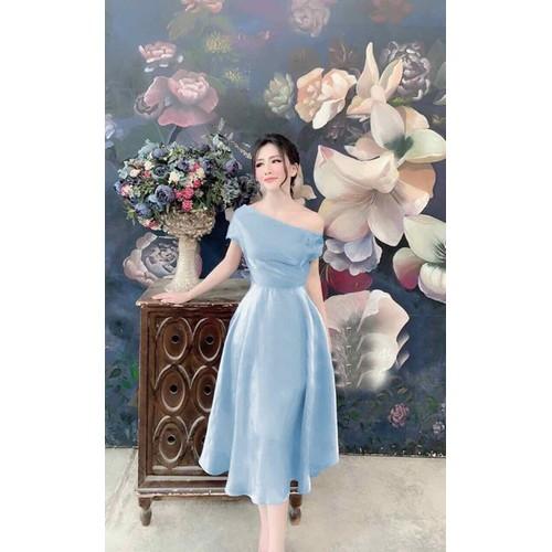 Đầm xoè dự tiệc kèm hoa cài ngực - size M L đến 58kg