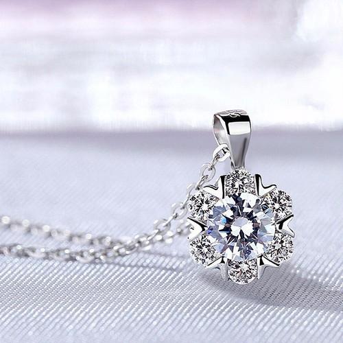 Trang sức cao cấp, dây chuyền bạc nữ s925 pha lê tuyết nạm đá zircon cao cấp - 12220602 , 19963102 , 15_19963102 , 180000 , Trang-suc-cao-cap-day-chuyen-bac-nu-s925-pha-le-tuyet-nam-da-zircon-cao-cap-15_19963102 , sendo.vn , Trang sức cao cấp, dây chuyền bạc nữ s925 pha lê tuyết nạm đá zircon cao cấp