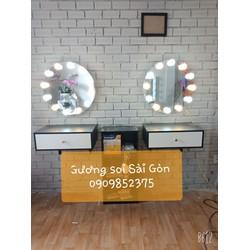 Bộ đèn gắn gương trang điểm 10 bóng