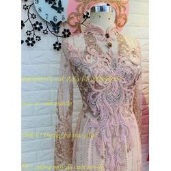 áo dài cưới hồng kim tuyến cô dâu co sẵn