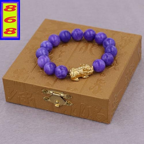 Chuỗi đeo tay đá vân rồng tím 12 ly - cẩn tỳ hưu inox vàng vvrithv12 + hộp gỗ - hợp mệnh hỏa, thổ