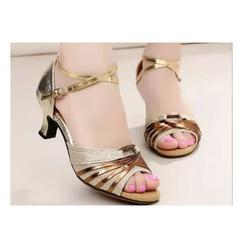 Giày khiêu vũ ánh kim cực xinh
