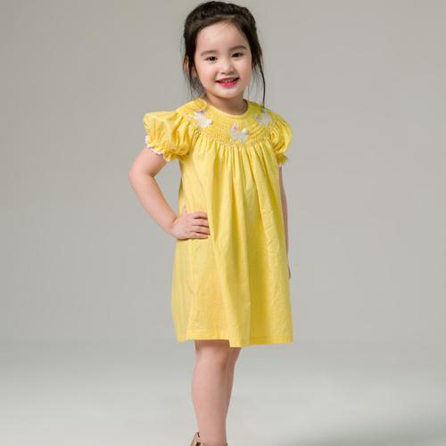 Đầm bé gái 5-14 tuổi - đầm smock bé gái màu vàng - váy smock bé gái màu vàng - 12310880 , 20053204 , 15_20053204 , 395000 , Dam-be-gai-5-14-tuoi-dam-smock-be-gai-mau-vang-vay-smock-be-gai-mau-vang-15_20053204 , sendo.vn , Đầm bé gái 5-14 tuổi - đầm smock bé gái màu vàng - váy smock bé gái màu vàng