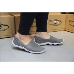 Giày vải chun crocs- skimmer ghi đế ghi cho nữ