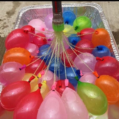 Bóng nước 111 quả gồm 3 chùm và 1 kết nối ống nước