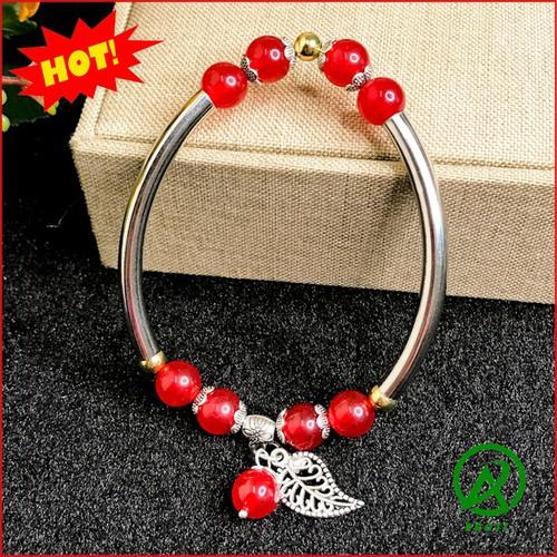 Vòng tay nữ - vòng đeo tay nữ đá mã não 10mm mix cầu kim tiền đẹp -độc -lạ v370-10