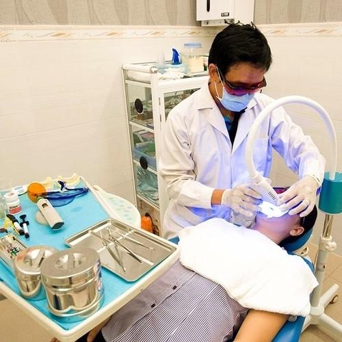 Tẩy trắng răng bleach bright tại nha khoa quỳnh trâm - 12446247 , 20251012 , 15_20251012 , 1584000 , Tay-trang-rang-bleach-bright-tai-nha-khoa-quynh-tram-15_20251012 , sendo.vn , Tẩy trắng răng bleach bright tại nha khoa quỳnh trâm
