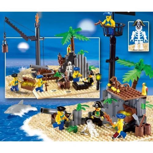 Bộ lắp ráp mô hình tàu cướp biển