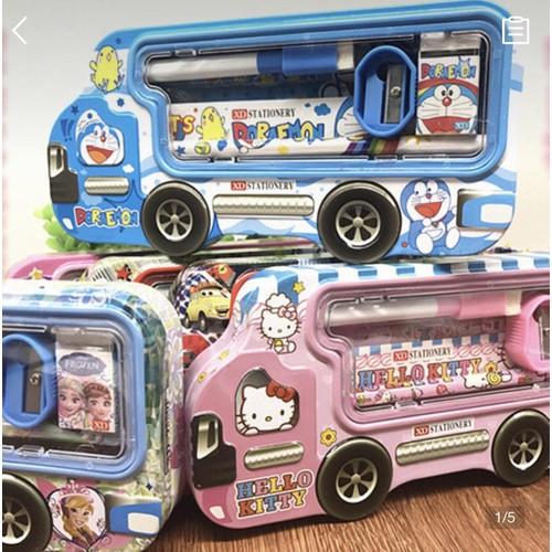 Hộp đựng bút viết + bộ dụng cụ học tập kiểu dáng chiếc xe hơi, họa tiết nhân vật hoạt hình xinh xắn cho học sinh tiểu học