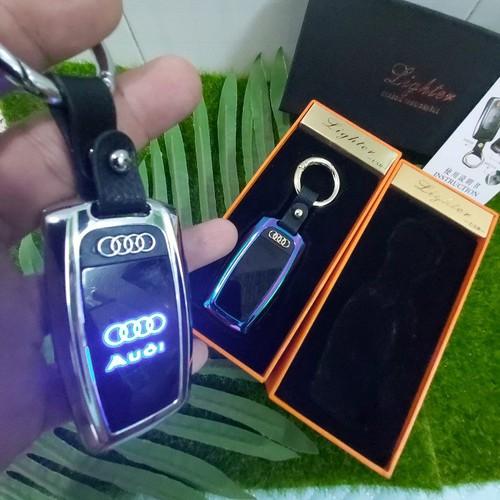 Siêu bật- lửa sạc điện kiêm móc khóa logo au.di sành điệu-có tích hợp đèn pin+led-