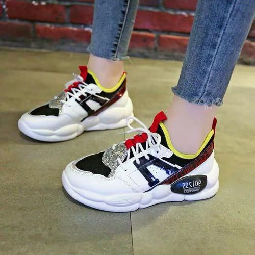 Giày bata màu cực hot
