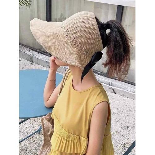 Mũ cuộn đi biển