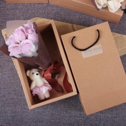 Hộp quà 7 bông hồng bìa cứng và gấu