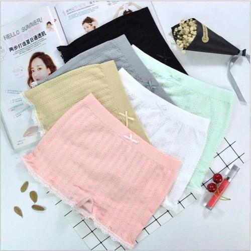 [Combo 3 chiếc] quần mặc trong váy dệt gân cao cấp các màu   quần đùi mặc váy 4 chiều - 12524306 , 20333011 , 15_20333011 , 140000 , Combo-3-chiec-quan-mac-trong-vay-det-gan-cao-cap-cac-mau-quan-dui-mac-vay-4-chieu-15_20333011 , sendo.vn , [Combo 3 chiếc] quần mặc trong váy dệt gân cao cấp các màu   quần đùi mặc váy 4 chiều