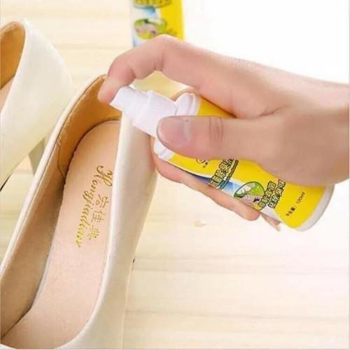 Chai xịt thơm giày