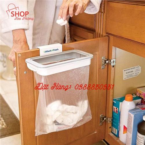 Giá treo rác thông minh attach-a-trash hanging trash bag holder - 12549313 , 20366958 , 15_20366958 , 79000 , Gia-treo-rac-thong-minh-attach-a-trash-hanging-trash-bag-holder-15_20366958 , sendo.vn , Giá treo rác thông minh attach-a-trash hanging trash bag holder