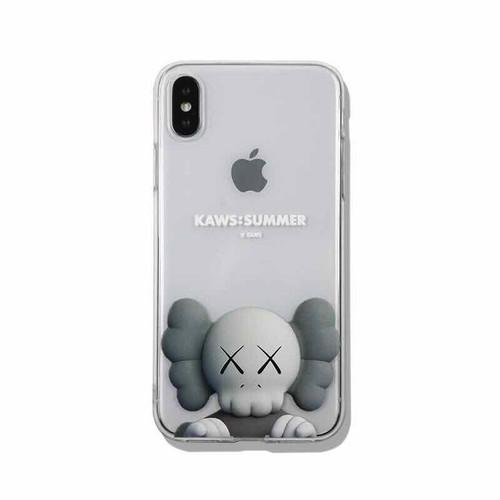 Ốp lưng điện thoại trong suốt logo kaws