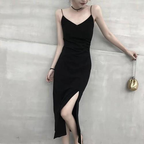 Váy đầm 2 dây đen xẻ đùi - 12071277 , 19702220 , 15_19702220 , 449000 , Vay-dam-2-day-den-xe-dui-15_19702220 , sendo.vn , Váy đầm 2 dây đen xẻ đùi
